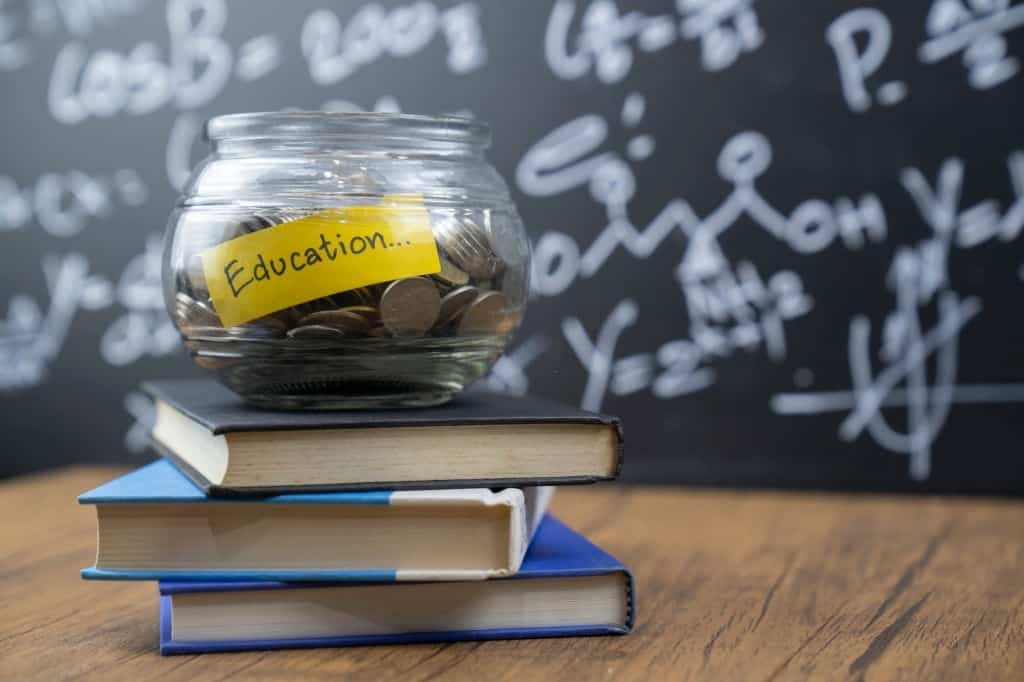 NIGERIA SCHOLARSHIPS AVAILABLE 2021 APPLICATION FORM OUT